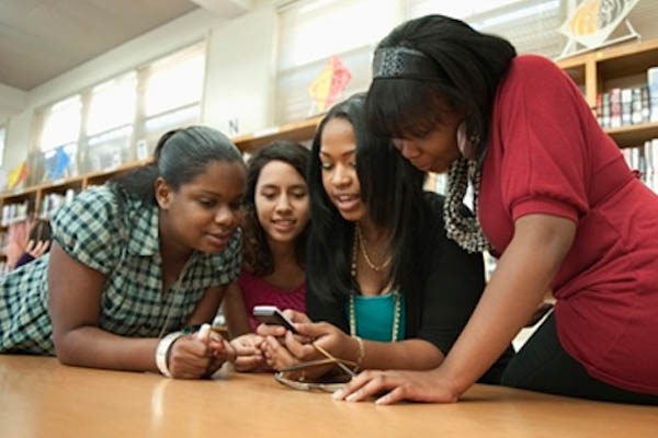 students with phones